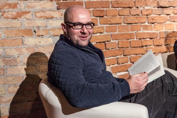 Szymon Bobrowski czyta Krajewskiego